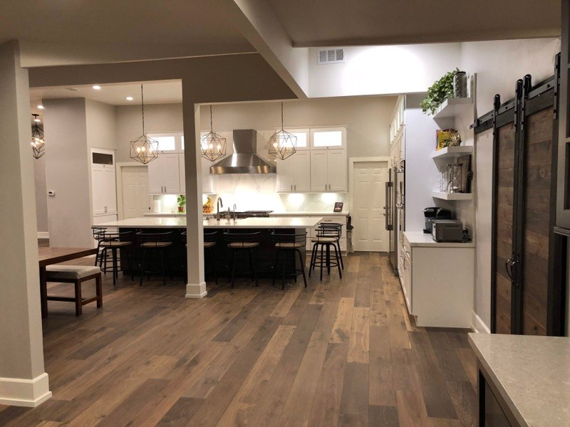 ARC CONSTRUCTION & REMODELING